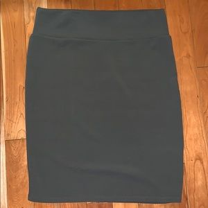 EUC Solid Grey Lularoe Cassie Skirt